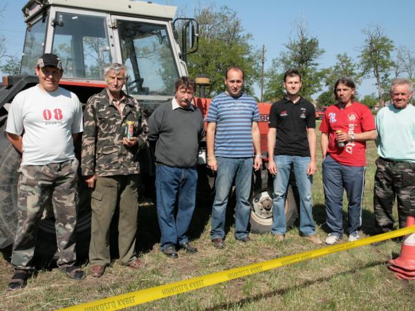 Traktoros ügyességi verseny